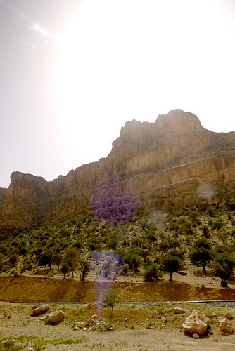 yazd-shiraz-L1030139