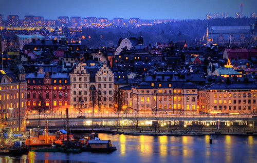 city trees houses buildings reflections subway construction cityscape metro dusk roofs compression gamlastan lighttrails lamps benches oldtown 200mm nordiskamuseet skinnarviksberget citybanan gamlariksdagshuset