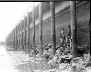 Railroad Avenue seawall, 1935