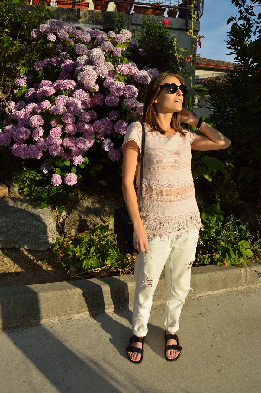 lara-vazquez-madlula-blog-lace-pink-baggy-jeans