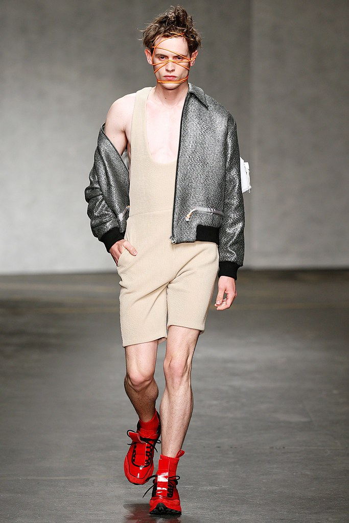 SS15 London Xander Zhou017_Jakub Pastor(VOGUE)