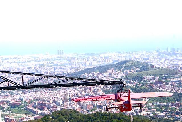 Vue de Barcelone depuis la colline de Tibidabo.