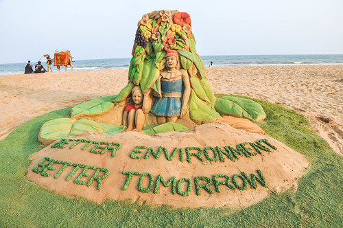 Sand sculpture to celebrate World Environment Day 2014