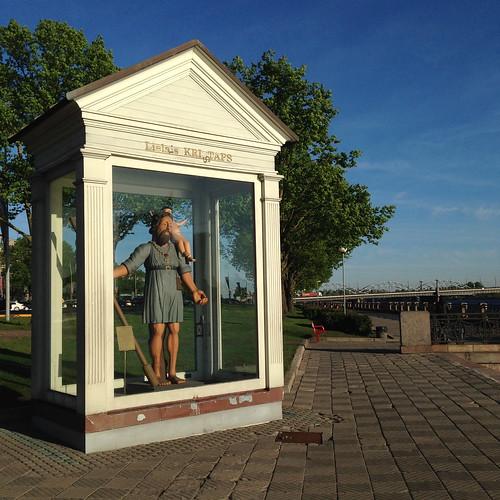Der große Christopher in Riga am Daugava Ufer