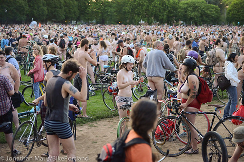 2014 World Naked Bike Ride -38