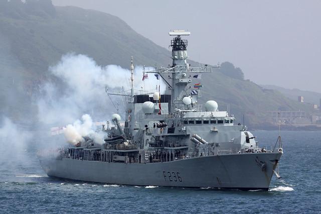 Fragata de Guerra Británica en el Callao  5889056916_c9ebcda4f0_z