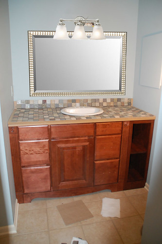 To Center Or Not To Center My Mom S Great Sink Debate Diydiva