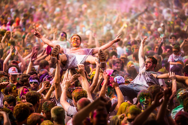 6949967658 e79d02be2b z 15 Amazing Images Of The Festival of Colors