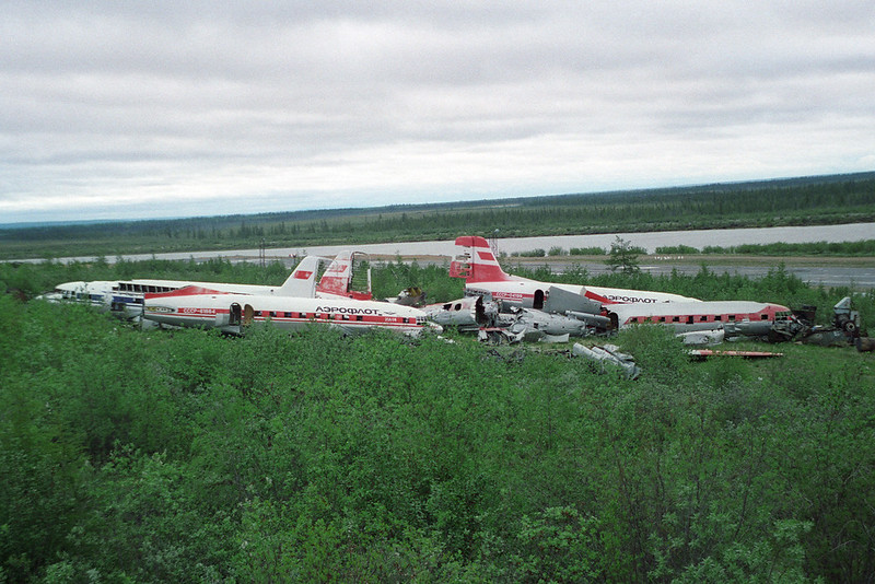 Dumped IL-14s at Cherskiy