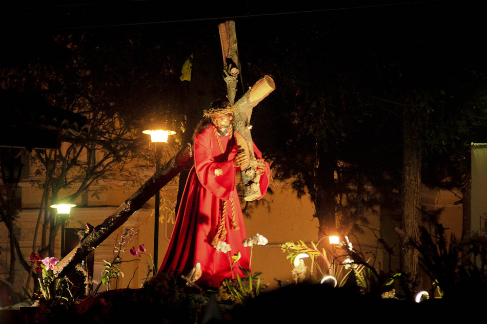 Photos: Holy Week Processions in Antigua