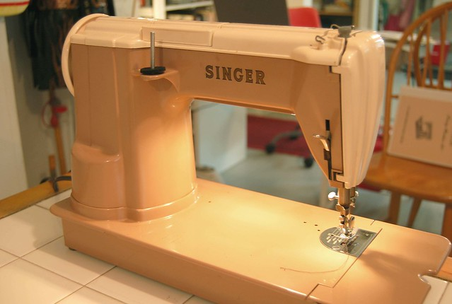 Miss Sewsitall Use It Or Lose It Singer 40 Custom Singer Sewing Machine Model 301 Value
