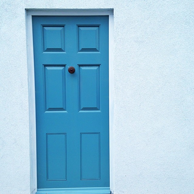 This door gets more wonky the longer you look at it! #capturingcolour #blue #photowalk