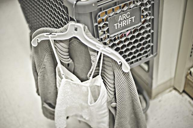 thrift9