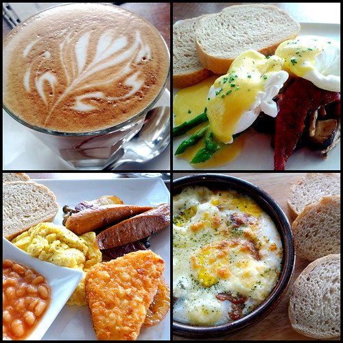 The Red Beanbag, Publika - coffee and breakfast