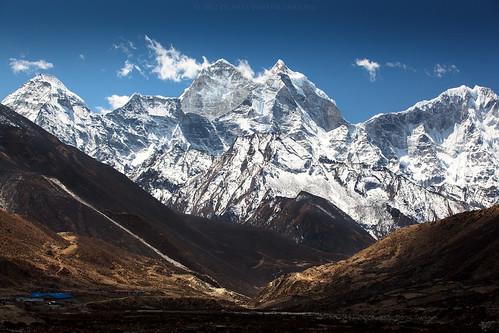 nepal mountain trekking landscape peaks himalaya khumbu himalayas 2012 khumjung thamserku periche dughla khumburegion sagarmathanationalpark kangtega easternregion pichayaviwatrujirapong