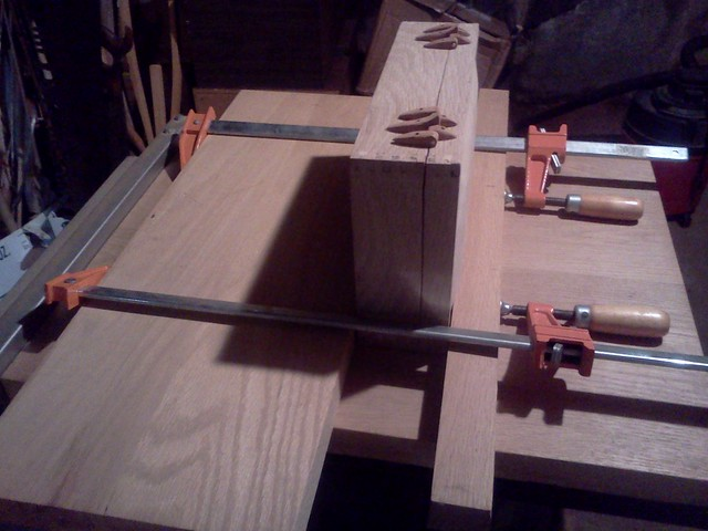 Clamp-up for attaching hinges....