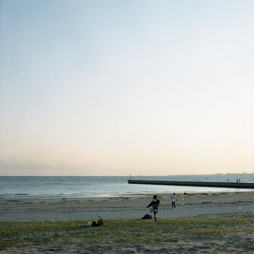 120 6x6 film beach japan t hasselblad planar hassel carlzeiss portra400 503cx 海浜幕張 planarcff2880mm