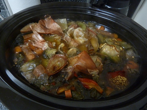 Vegetable stock: cooked, pre-strained