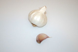 05 - Zutat Knoblauch / Ingredient garlic