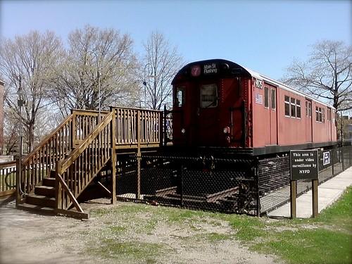 En gammel sporvogn, der plejede at køre mellem Manhattan og Queens er nu en del af Queens turisme kontor.