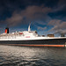 QE2 in Liverpool by petecarr