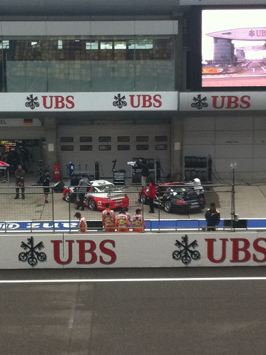 Alex & Ho-Pin's cars before the start