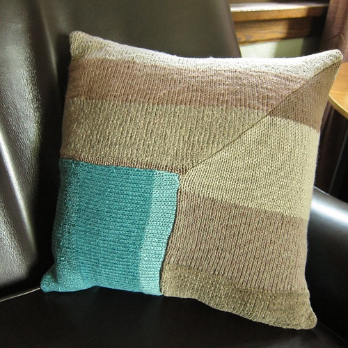 Just Crafty Enough   Knit Stripes Pillow Pattern and a Giveaway
