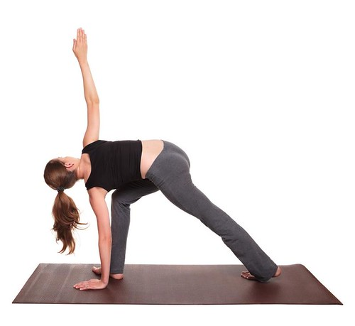 yoga poses - Side Angle Twist position (parivrtta parsvakonasana)