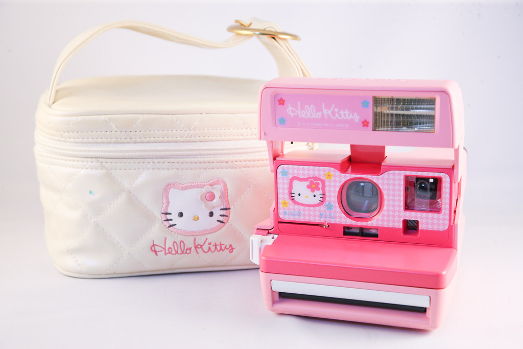 0221 Polaroid 600 Helly Kitty | Sold | Zebrio | Flickr
