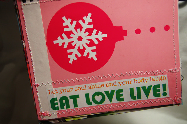 Detail: Eat, love, live