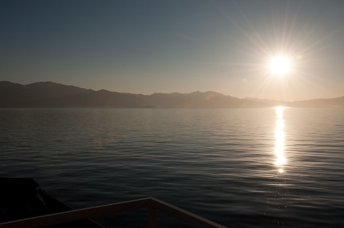 lake sunrise erhai 日出 洱海 蝴蝶泉 ersea