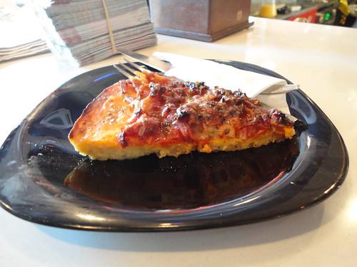 Tortilla Pizza del Laam Café