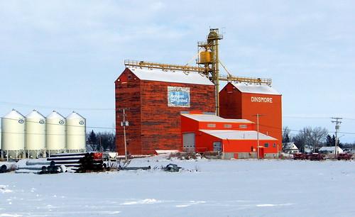 red white snow canada color colour building sk prairie saskatchewan agriculture grainelevator 2010 dinsmore milden canadagood thisdecade