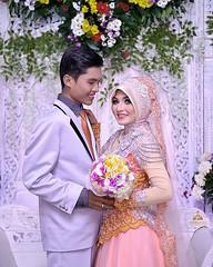 Fresh! Oleh-oleh foto wedding hari ini di resepsi pernikahan kk @zwitenia & @levioz di Puring Kebumen Jawa Tengah. Foto wedding by @poetrafoto, http://wedding.poetrafoto.com  Selamat kk Wiwit+Arie. Smoga jadi keluarga bahagia & sejahtera selamanya. Amiiin