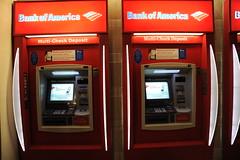 cash(0.0), transport(0.0), public transport(0.0), vending machine(0.0), machine(1.0), automated teller machine(1.0),