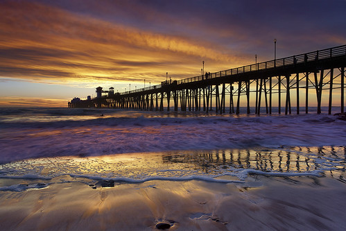 Oceanside Surf - Oceanside Pier, California