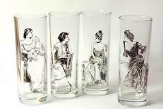 old fashioned glass, pint glass, drinkware, tableware, highball glass, glass,
