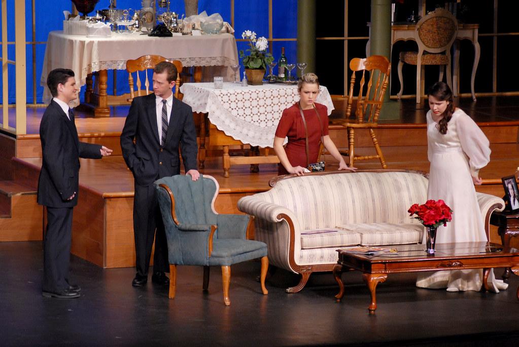 The philadelphia story 6760 burnsville high school for Burnsville theater