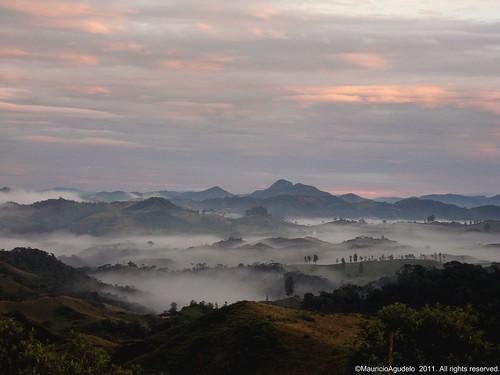 landscape la colombia union paisaje paisagem montaña niebla antioquia abejorral touraroundtheworld