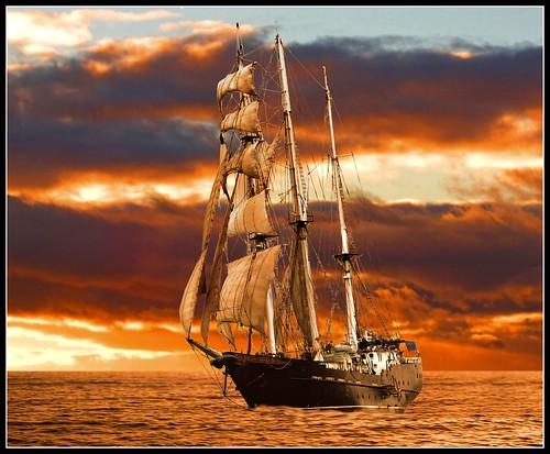uk nature islands ship seascapes sunsets galapagos sailingships newvision colorphotoaward hawkgenes peregrino27newvision