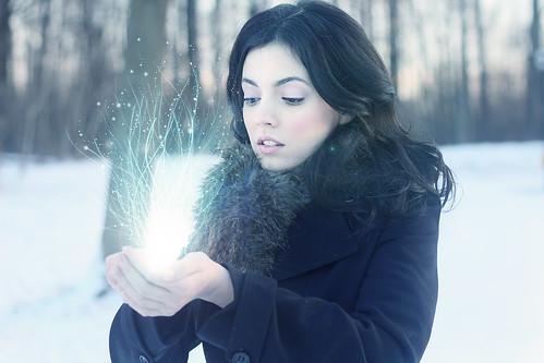 007: Snow Glow