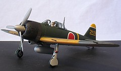 1/32 Scale Airplane Models
