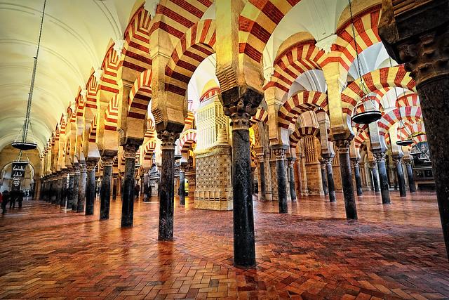 Columnas y arcos de la mezquita c rdoba flickr photo - Mezquita de cordoba visita nocturna ...