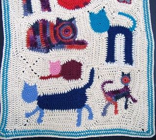 Freeform cat blanket - detail