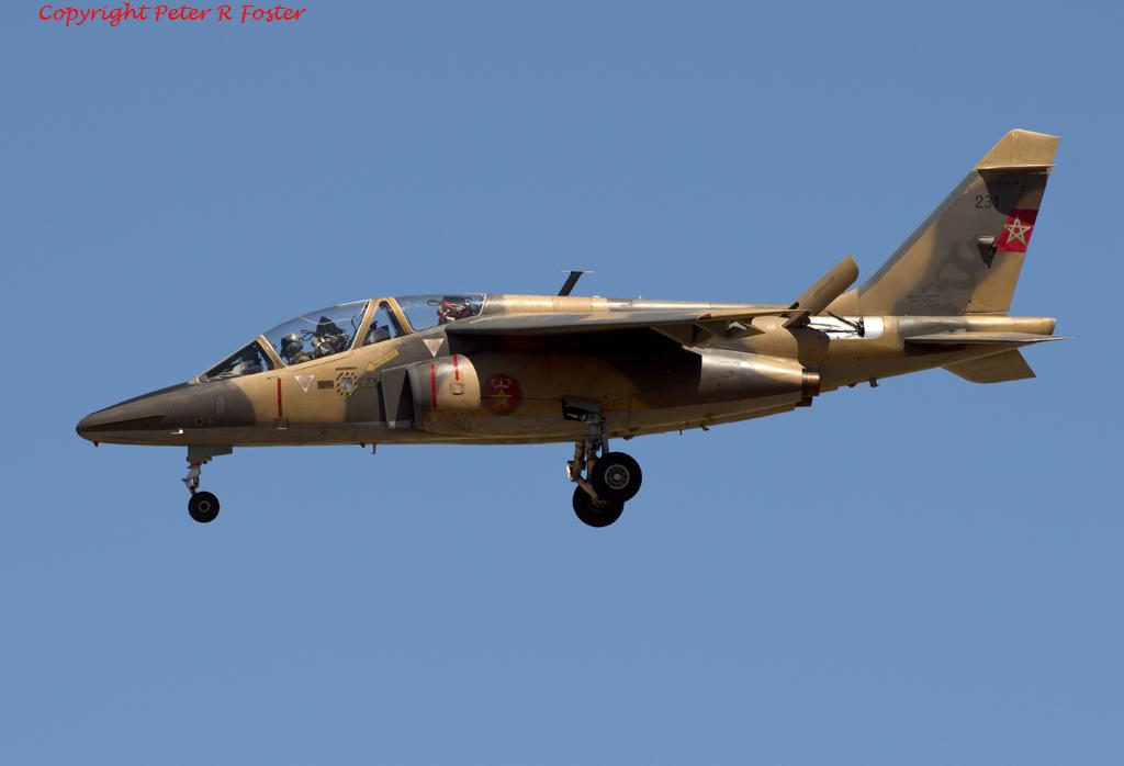FRA: Photos avions d'entrainement et anti insurrection - Page 7 14062200481_743987d280_o