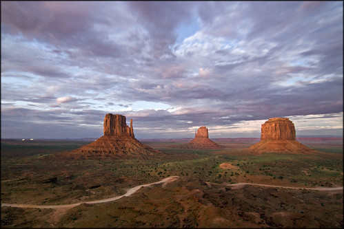 USA - Monument Valley - Sunset