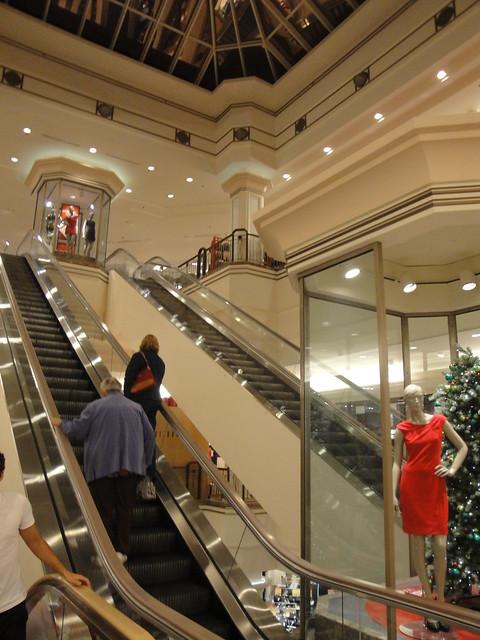 Belk (Hanes Mall)