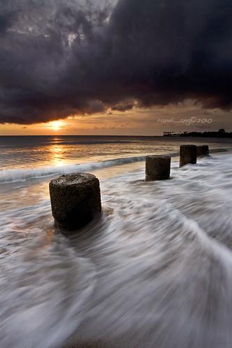 sunset seascape west beach canon indonesia lens landscape eos wave 5d ang reverse filters lombok hitech nusa randi barat tenggara senggigi gnd ef1740mmf4lusm gradula