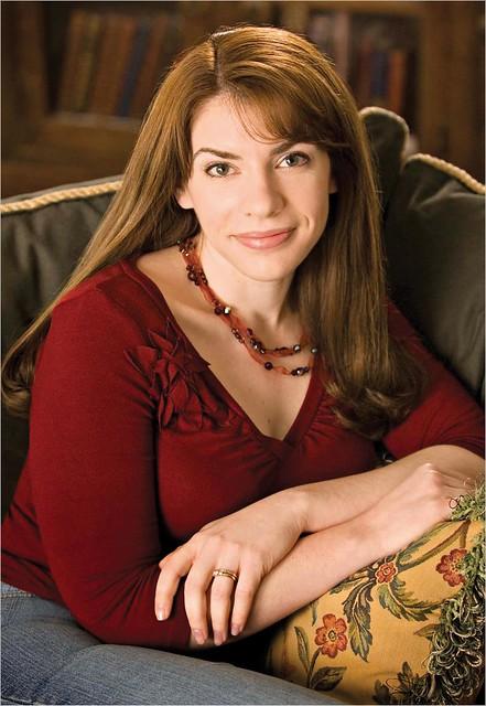 Stephanie Meyers Twilight Room Decor Ideas