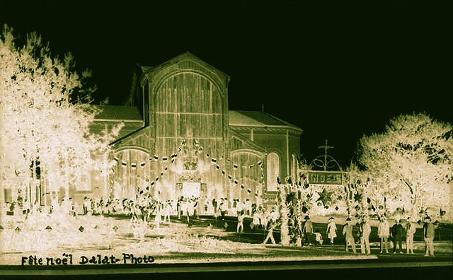 Fête Noel - Dalat 1930s